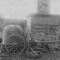 German Machine Gun Emplacement on Wheels. Captured near Tilloy