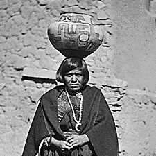Zuni water carrier