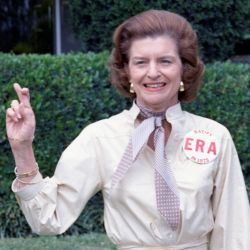 Photograph of First Lady Betty Ford Expressing Her Support for the Equal Rights Amendment in Hollywood, Florida