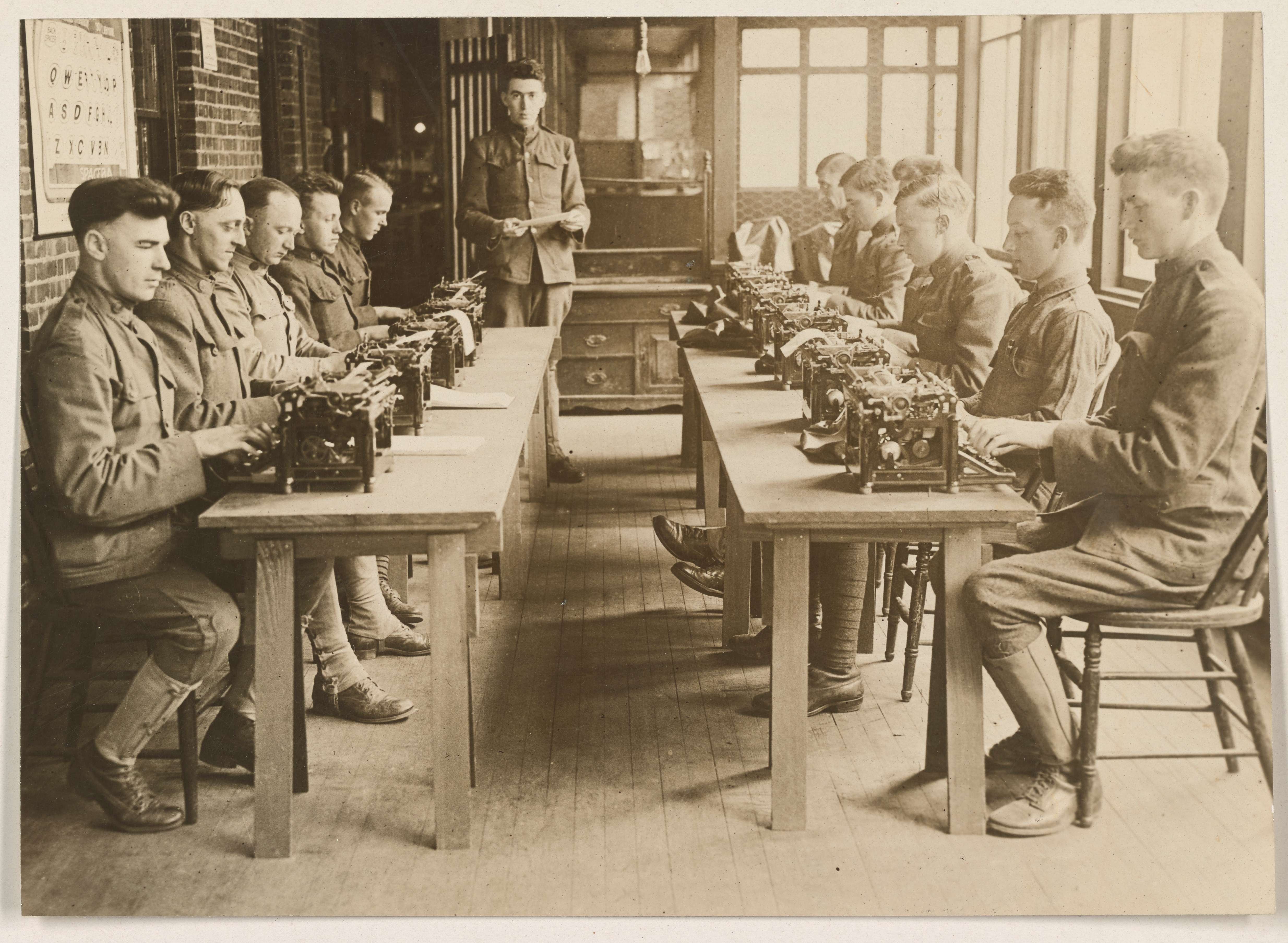 Wounded soldiers learning to typewrite. United States General Hospital Number 9, Lakewood, New Jersey.