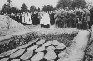 130 Victims of Lusitania Disaster Buried Outside of Queenstown (Cobh), Ireland, May 10, 1915