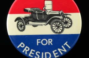1976 Gerald Ford Campaign Button